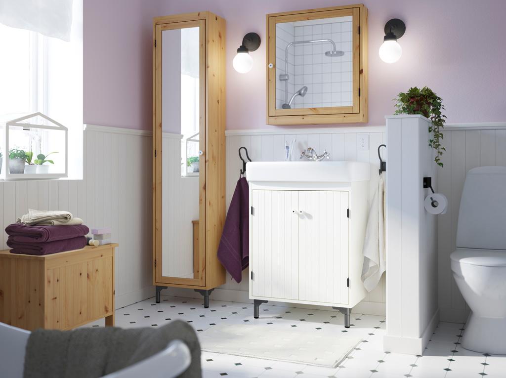 Шкафчик с зеркалом ИКЕА в интерьере ванной
